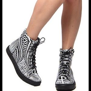 Jeffrey Campbell Tribal High Top Sneaker Size 8